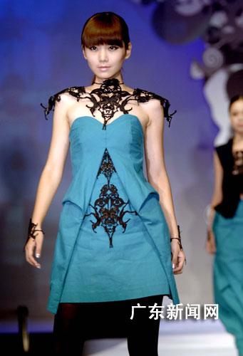 走秀创意服装设计图片