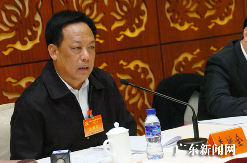 李毓全在广东省委十届八次全体会议分组讨论发言