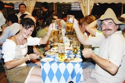 青岛扎啤演出节目