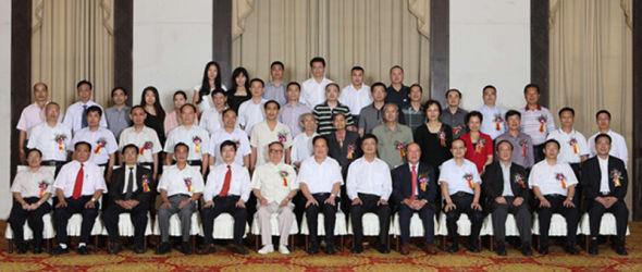 参加中国新闻社、中国新闻社广东分社成立60周年纪念活动的来宾合影