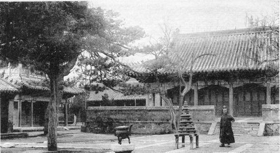 青岛八大关风景区寺庙