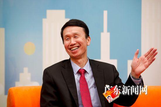 佛山市委书记、佛山市人大常委会主任刘悦伦