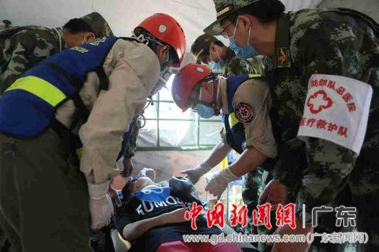 深圳军地医院远程救援演练 半小时建野战医院