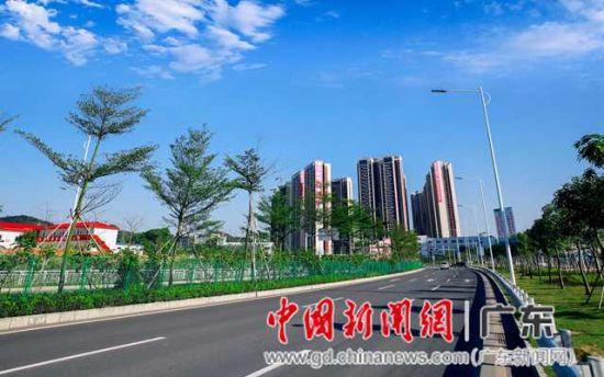 深圳一城出售三区坂田新乐章石狮市奏响别墅图片