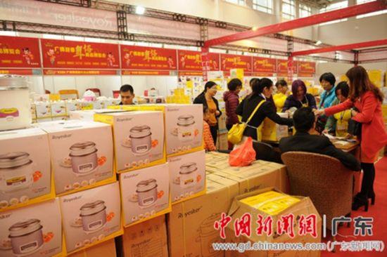 广佛年货会火爆启幕--中国新闻网·广东
