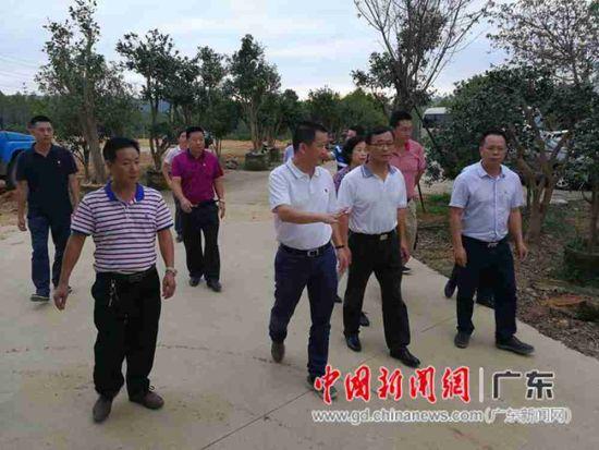 省体育局加强富农政策 带领村子展开脱贫工作