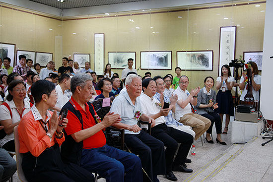 国内外艺术界人士参加陈金章先生画展