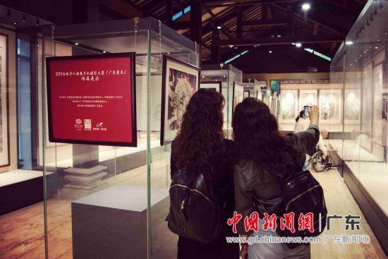 2019全球华人新春手机摄影大赛(广东赛区)在广州展出 苏嘉轩 摄