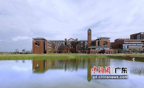华南理工大学广州国际校区。华轩摄影