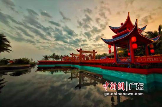 湛江鼎龙湾花桥。通讯员 供图