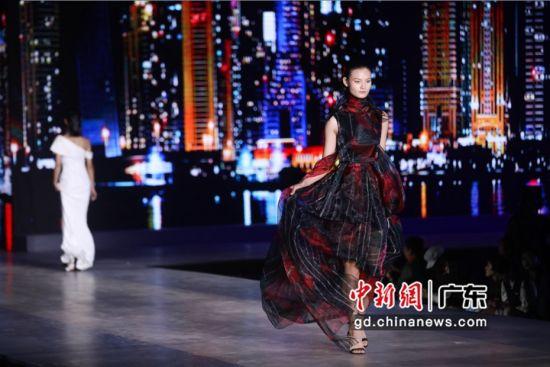 龙腾精英新星模特大赛总决赛在湛江・鼎龙湾国际海洋度假区举行。通讯员 供图