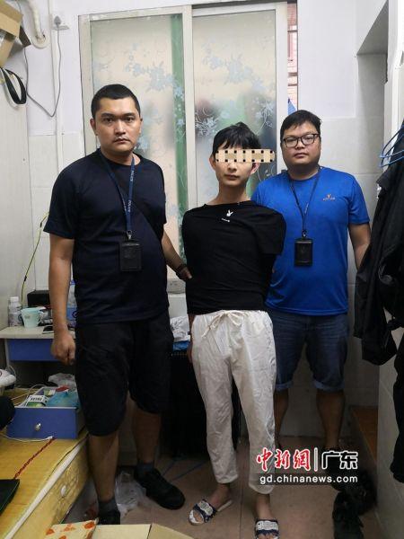 被抓获的犯罪嫌疑人 高公宣 摄