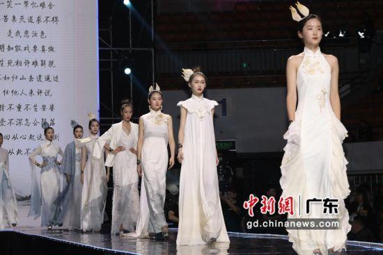 近300位超模选手齐聚鹏城。通讯员 供图