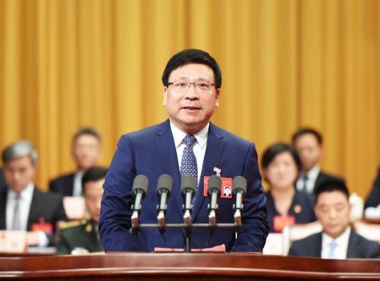 """深圳市长为""""拉链马路""""道歉,也是对城市管理的督促"""