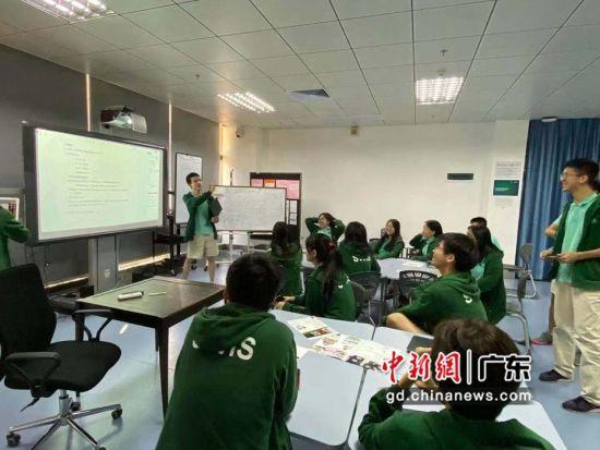 """深圳高中生的抗""""疫""""力量:星星之火 可以燎原"""
