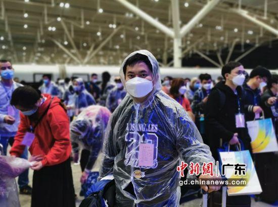图为返深湖北务工人员。深圳市人力资源和社会保障局 供图