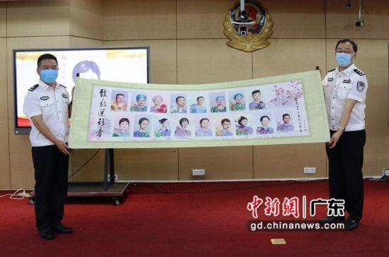 皇岗边检民警手绘致敬逆行者人物画像合集长卷。(皇岗边检站 供图)