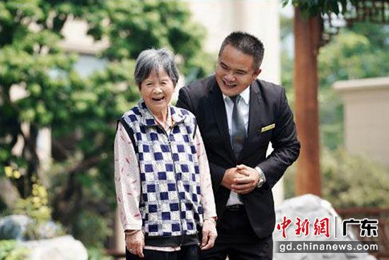 广州萝峰旧村改造:星河湾解局旧改老人安置难题
