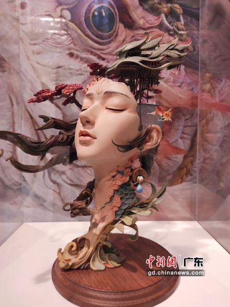 展出的作品《春芒。桃花岛》。姬东 摄