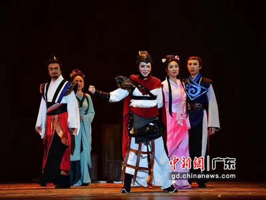 新编音乐剧《木兰前传》剧照。广东省演出有限公司供图