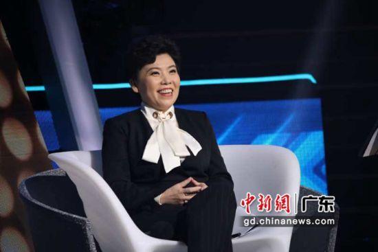 邓亚萍以创业导师身份亮相节目。广东卫视 供图