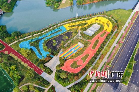 龙溪湖时尚运动中心极限运动区全景 主办方供图