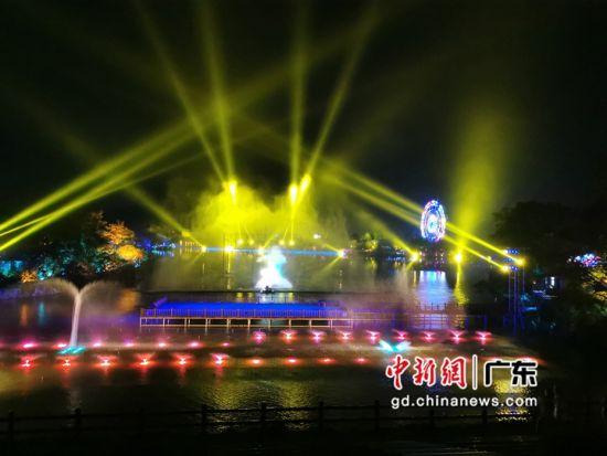 粤港澳大湾区首个温泉主题音乐会在清远森波拉举办。程景伟 摄