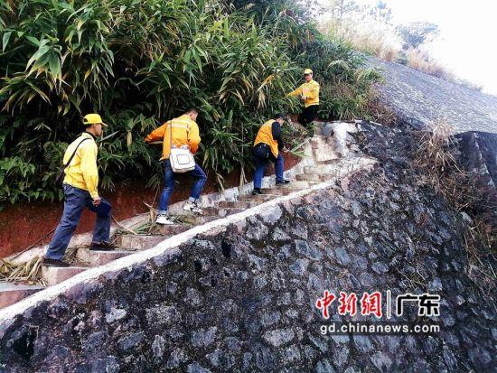 无人机高空拍摄的路基挡墙设备整体情况。作者:王锦涛