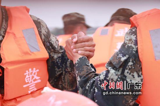武警警官学院训练基地供图
