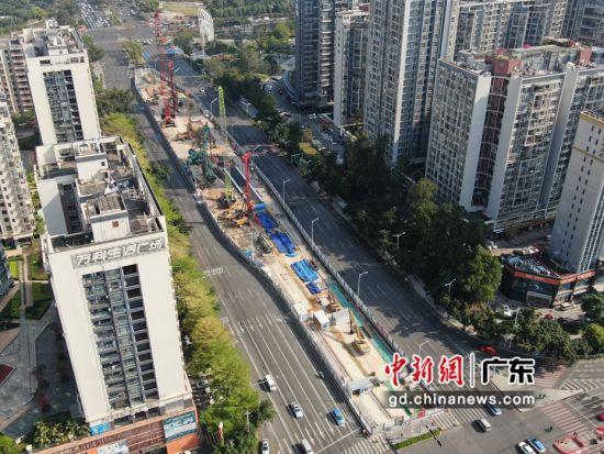 寶安站位于交通主干道寶安大道上,全長314米,寬25.1米。 作者 深圳地鐵集團供圖
