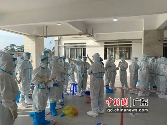 """廣州增城醫務工作者""""逆行""""抗疫引點贊"""