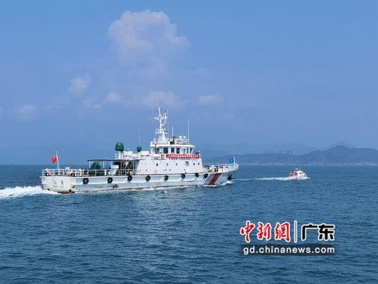 汕尾海事等多部门开展跨区域水上交通安全联合执法行动 作者 曹子新