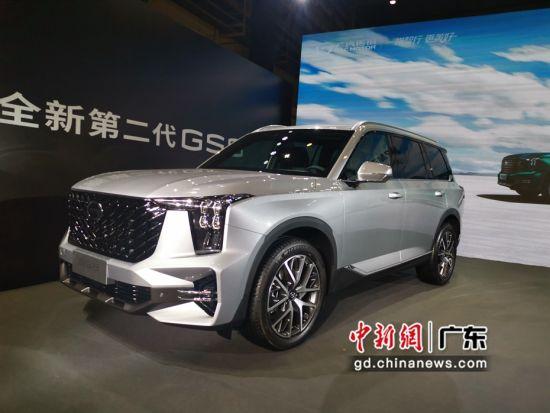 10月12日,广汽传祺全新第二代GS8正式量产下线,进入新车交付倒计时。 作者 王华