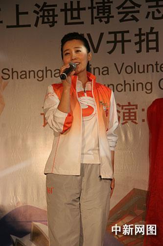 《赵氏孤儿》在山西省阳泉市发生的舞台坍塌一事,谭晶表示替家乡人民