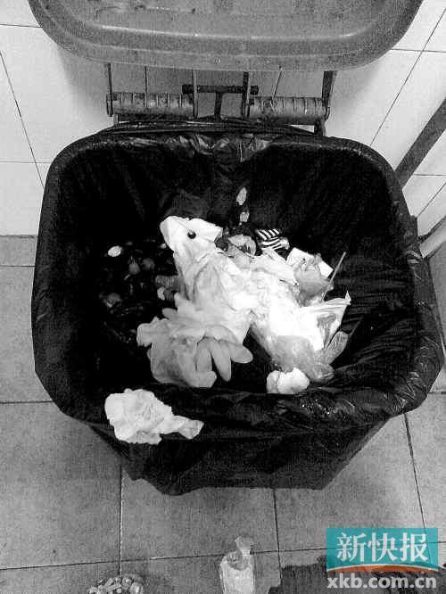 在广州市儿童医院卫生间